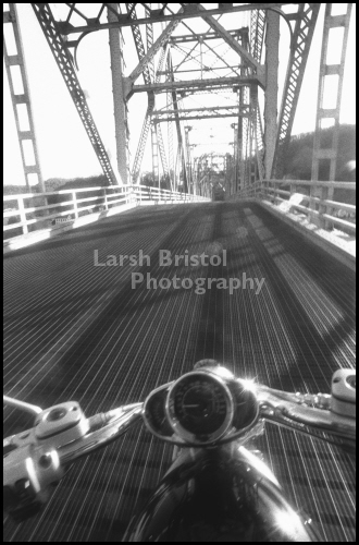 Photo: Blackhawk Bridge, Lansing, IA (LBP20018) by Larsh Bristol