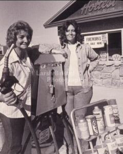 Photo: Picturing Alpine-Beulah&Sherry-1977
